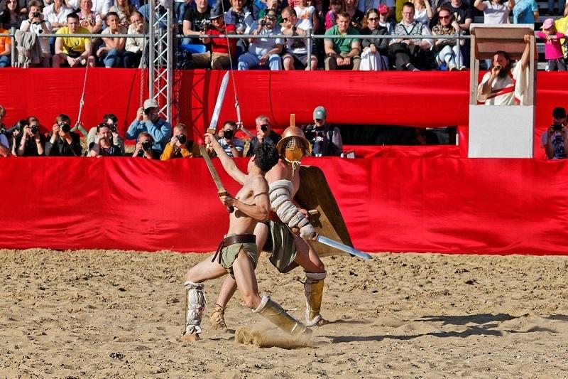 Reconstitution d'un combat de gladiateur