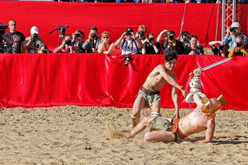 Reconstitution d'un combat de gladiateurs